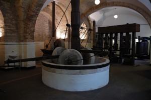 mola-museo-dellolio-loreto23